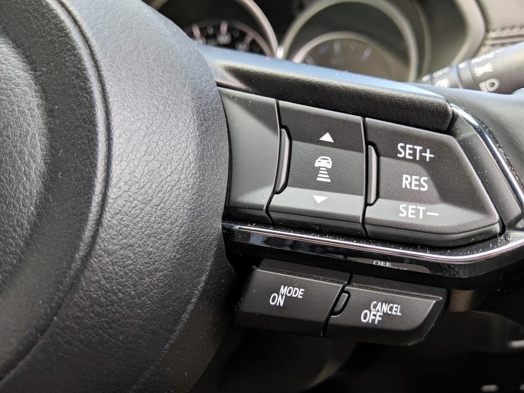CX-8で気になるところ(ハンドルにあるスイッチの感触)